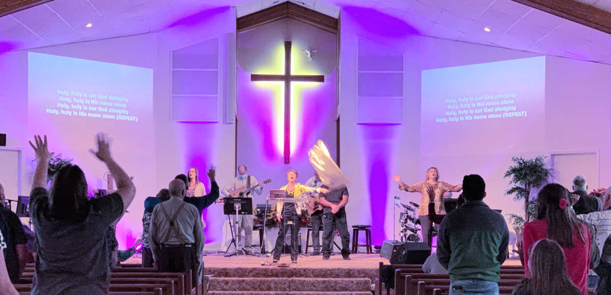 Worship Serve at County Line Church Ohio